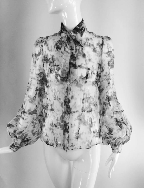 Valentino Hiver 2008 black & white organza blouse For Sale 5