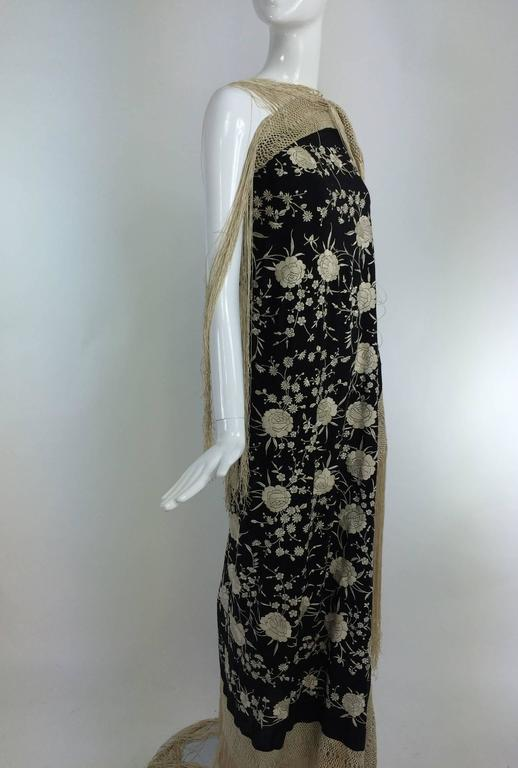 Black & white floral silk Hand Embroidered Canton Piano Shawl 1920s For Sale 3