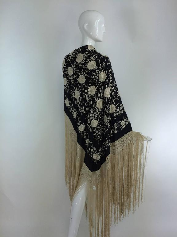 Women's Black & white floral silk Hand Embroidered Canton Piano Shawl 1920s For Sale