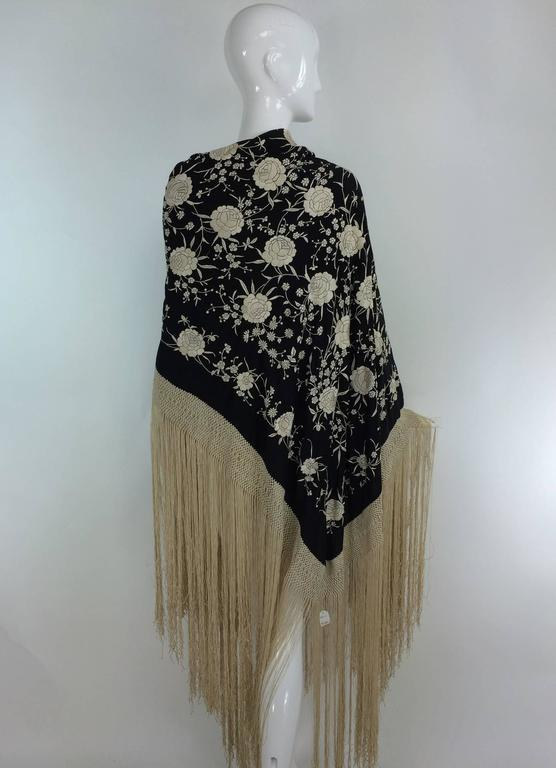 Black & white floral silk Hand Embroidered Canton Piano Shawl 1920s For Sale 1