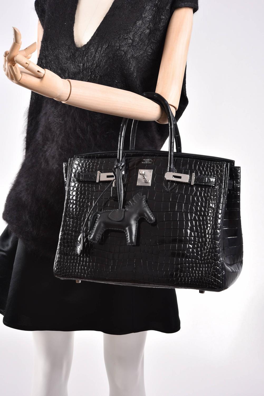 hermes kelly bag 28cm matte black crocodile niloticus gold hardware