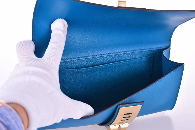 Hermes 23CM Medor Clutch Hermes Medor Blue Izmir Clutch Gold ...