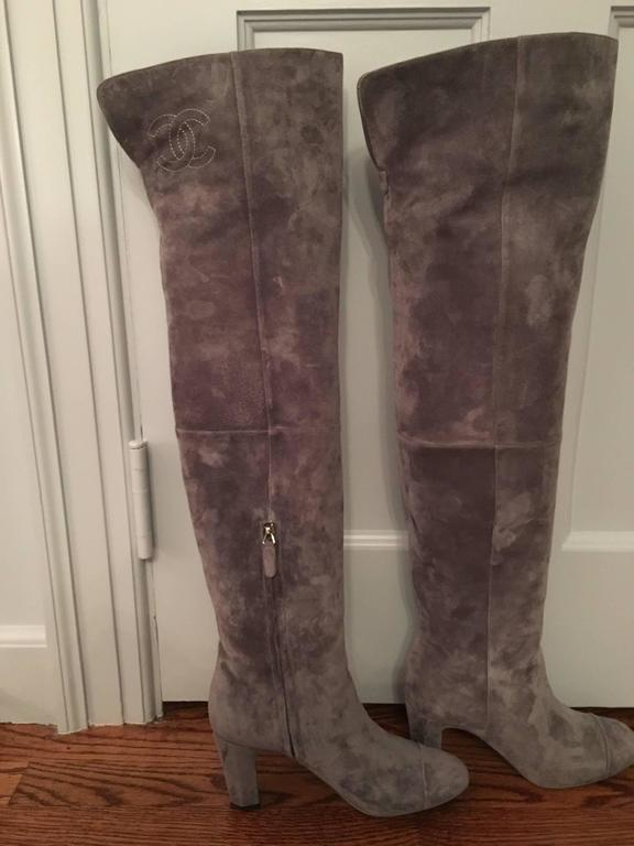 Contemporary Chanel High Boots in Gray For Sale 1