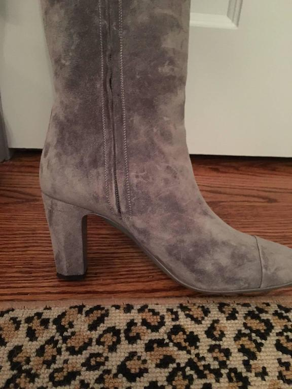 Contemporary Chanel High Boots in Gray For Sale 6