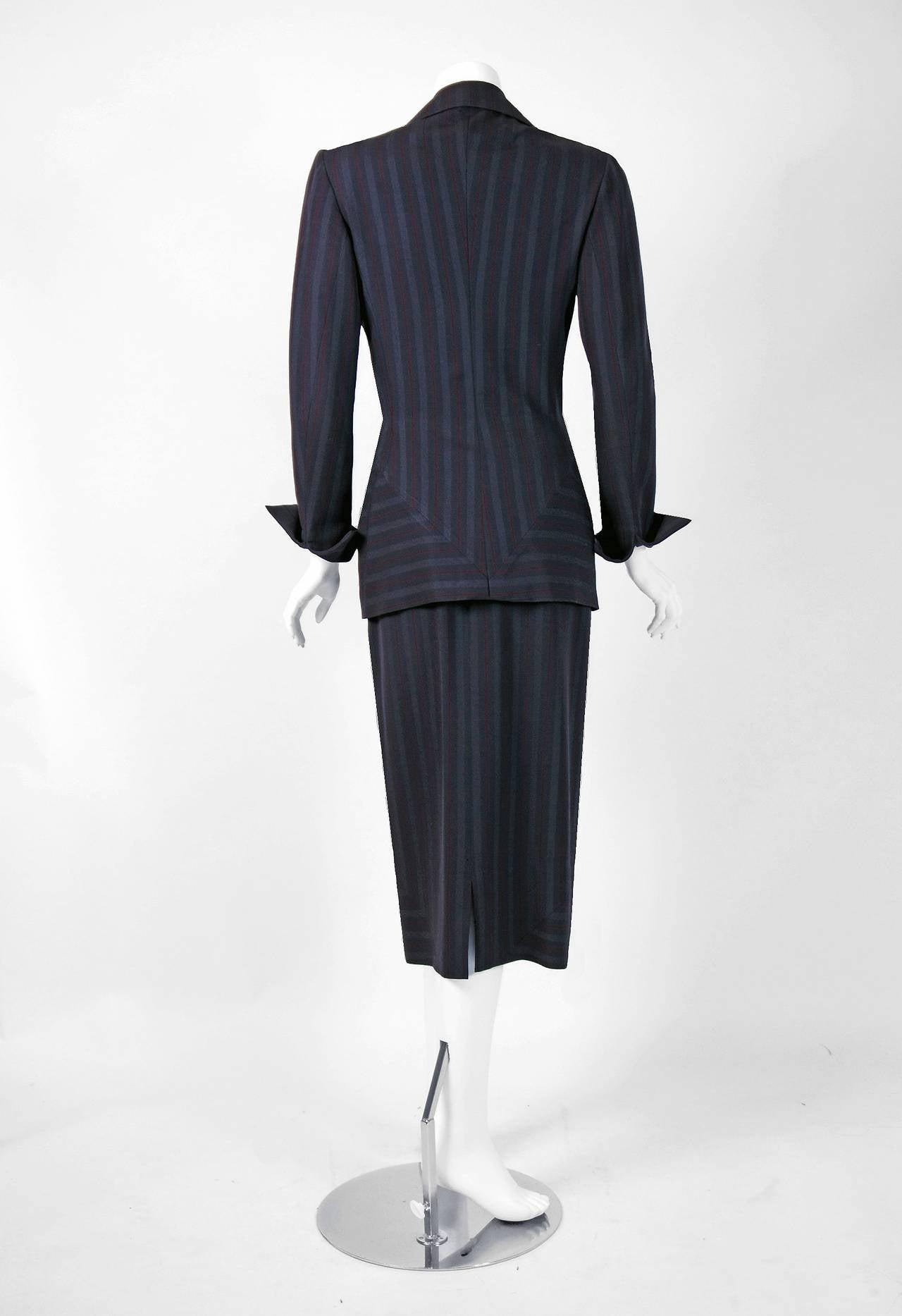 Women's 1940's Irene Grey Pinstripe Wool-Gabardine Deco Hourglass Jacket & Skirt Suit For Sale
