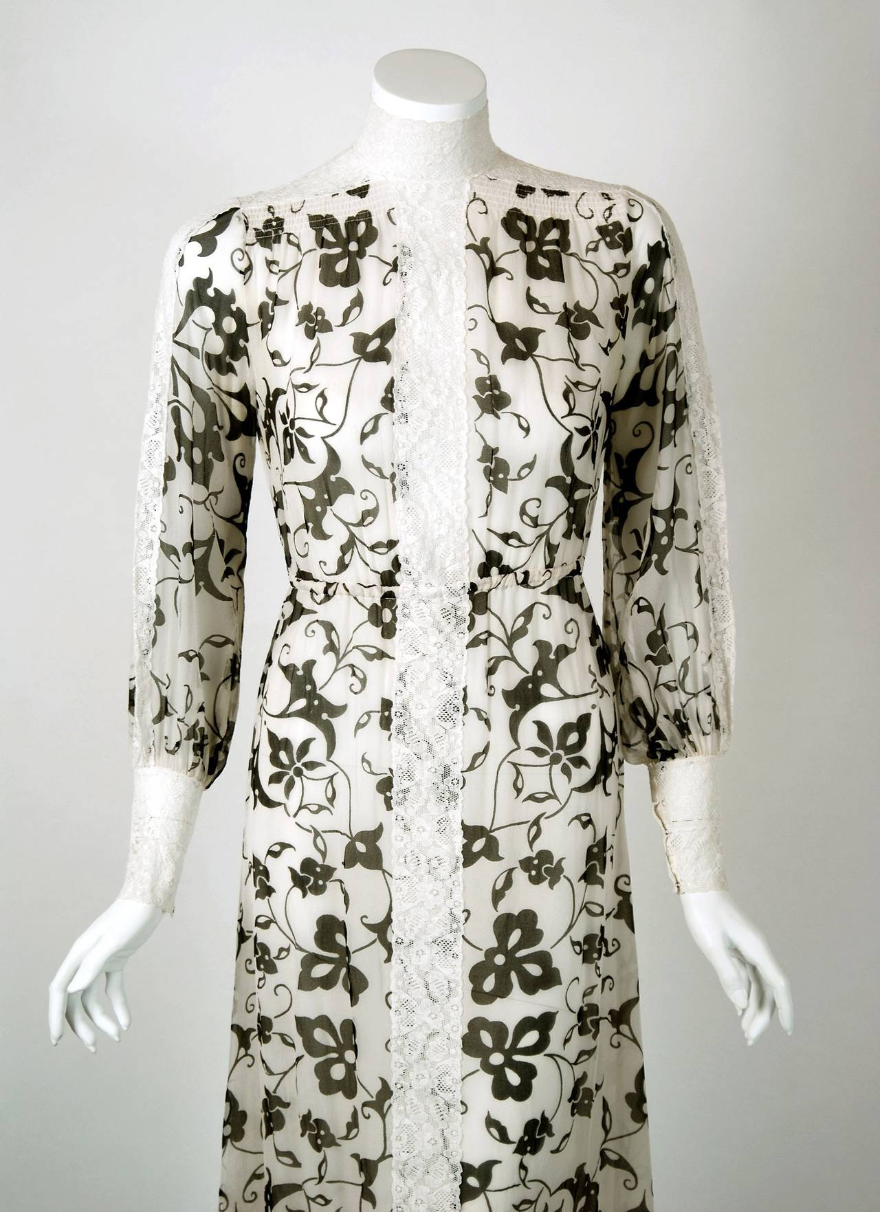 1970's Thea Porter Couture Gold-Printed Silk & White Lace Billow-Sleeve Dress 2