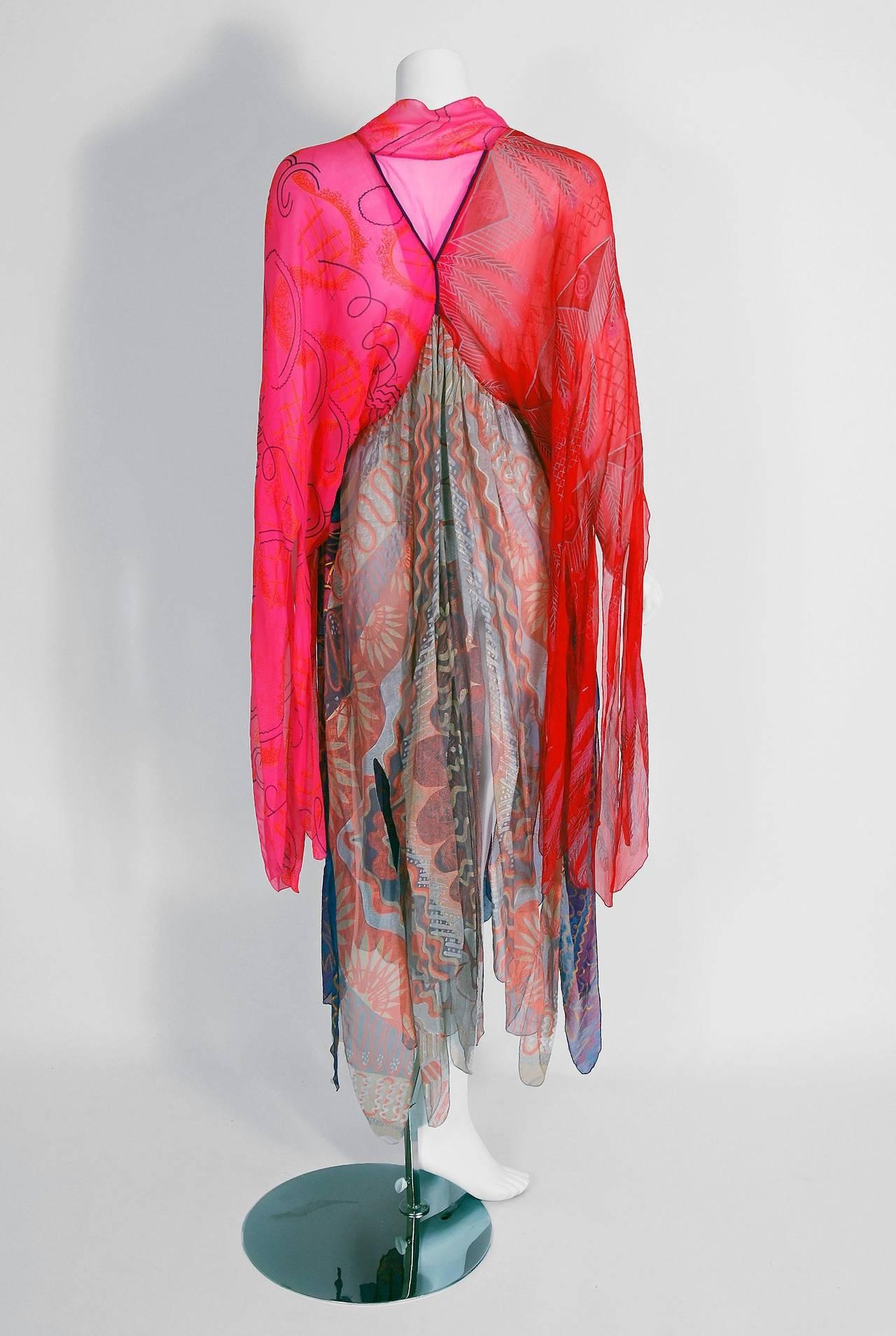 1972 Zandra Rhodes Hand-Painted Indian Feathers & Lillies Silk Caftan Dress 5