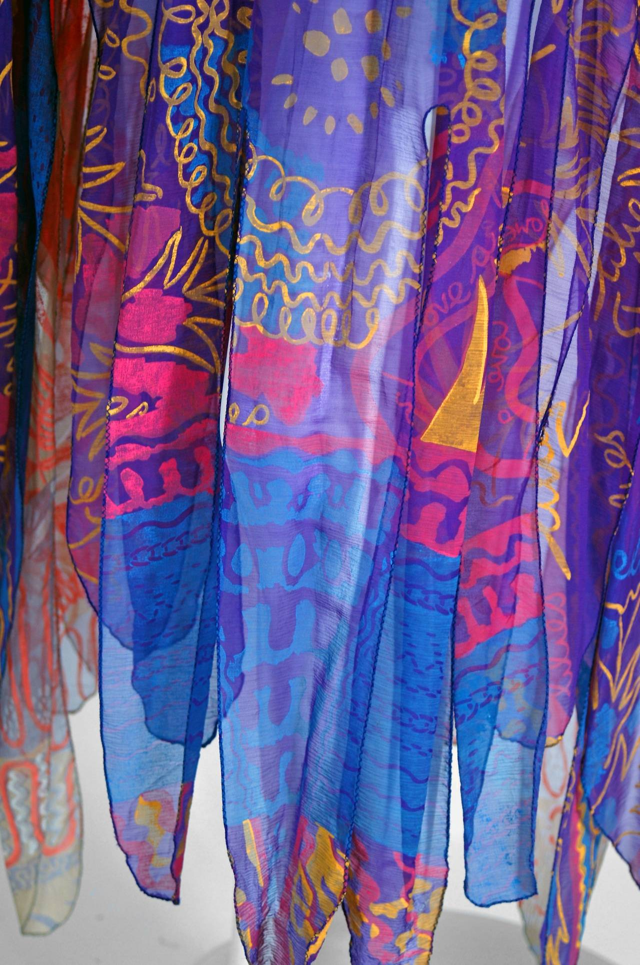 Women's 1972 Zandra Rhodes Hand-Painted Indian Feathers & Lillies Silk Caftan Dress For Sale
