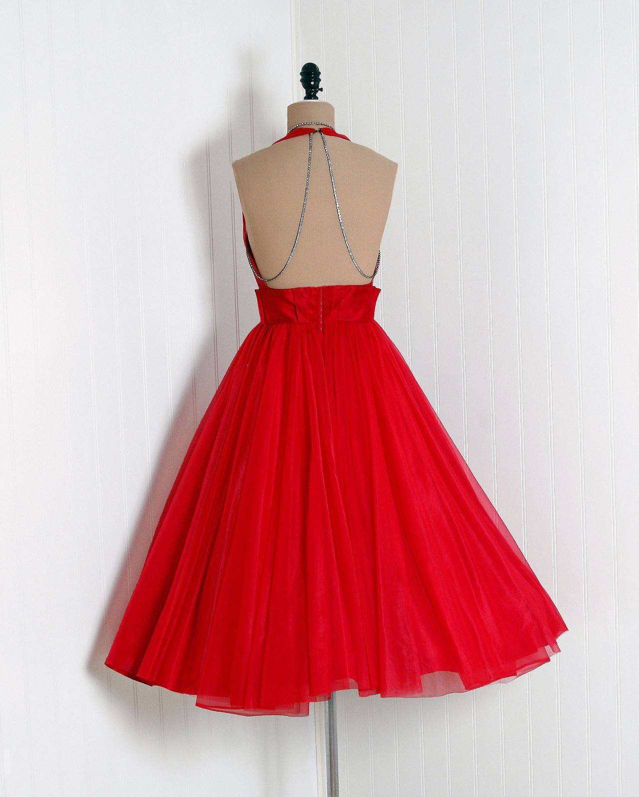 1950's Lilli Diamond Ruby-Red Chiffon Rhinestone Halter Backless Party Dress In Excellent Condition For Sale In Beverly Hills, CA