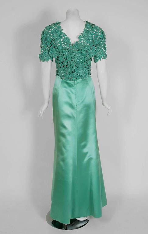 1962 Nina Ricci Haute-Couture Seafoam Blue Green Beaded Lace & Satin Formal Gown For Sale 2