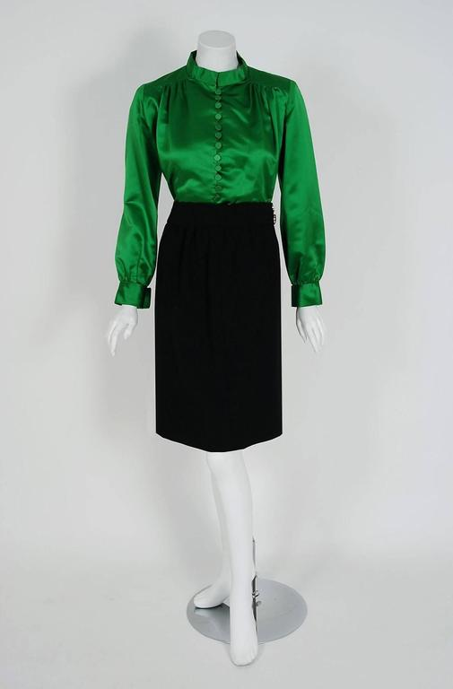 1960's Burke-Amey Couture Black Wool & Green Silk Applique Dress Suit Ensemble In Good Condition For Sale In Beverly Hills, CA