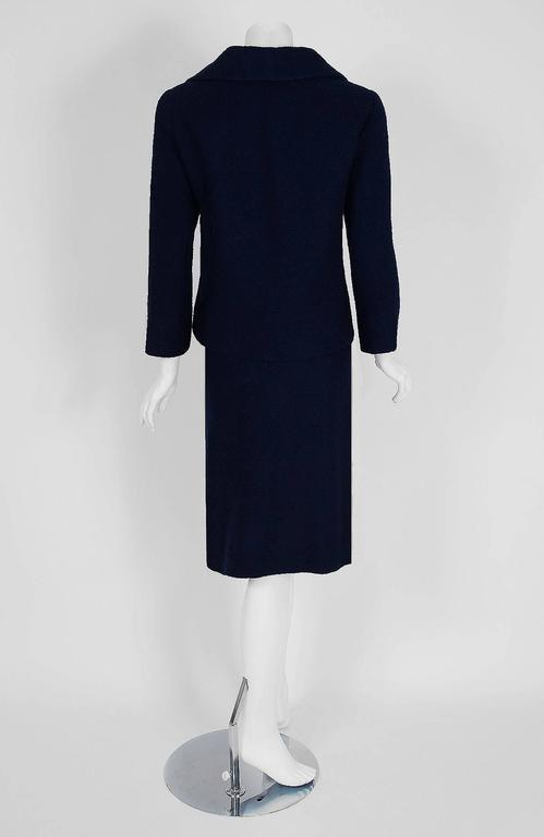 Women's 1962 Christian Dior Haute-Couture Navy Blue Wool Bow-Tie Tailored Mod Dress Suit For Sale