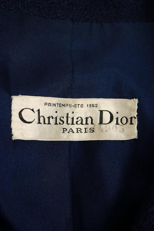 1962 Christian Dior Haute-Couture Navy Blue Wool Bow-Tie Tailored Mod Dress Suit For Sale 1