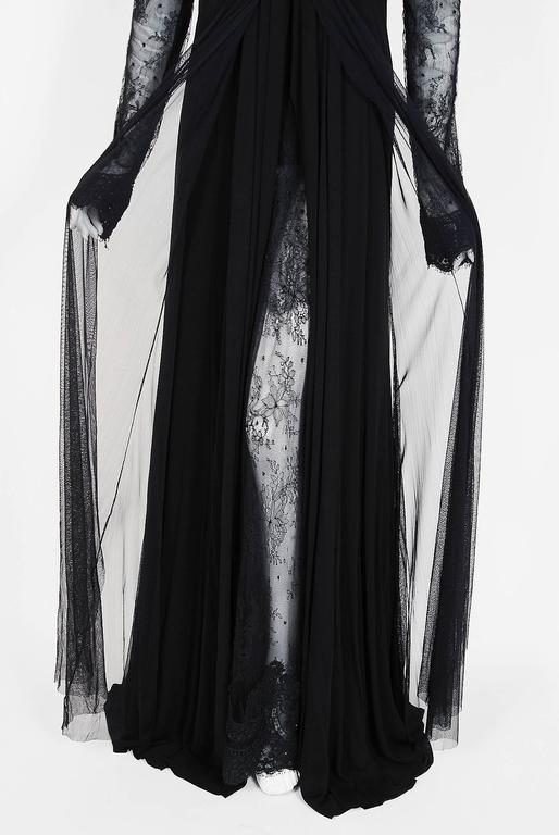 Women's 2010 Rafael Cennamo Couture Black Beaded Lace-Illusion Gothic Trained Gown For Sale