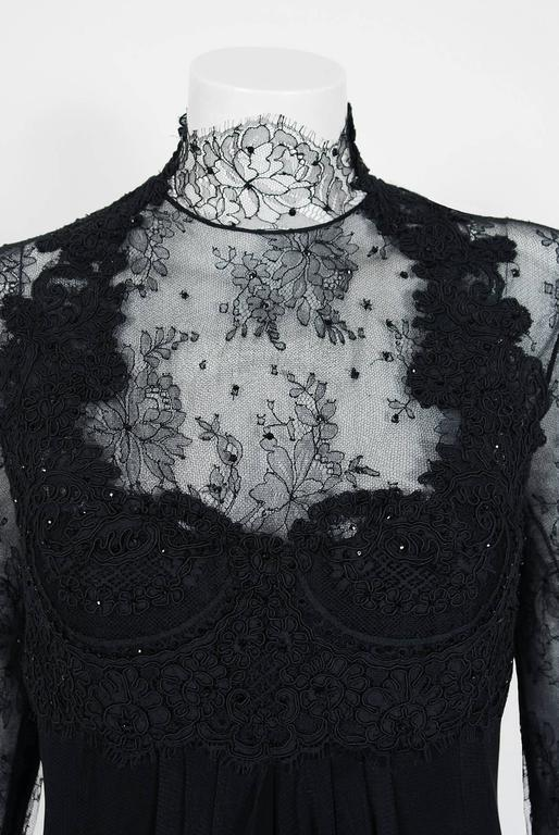 2010 Rafael Cennamo Couture Black Beaded Lace-Illusion Gothic Trained Gown In Excellent Condition For Sale In Beverly Hills, CA