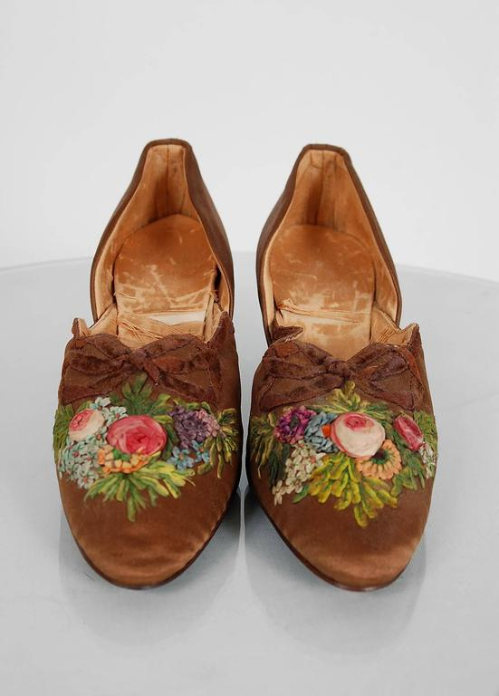 1910's Laird Schober Couture Floral Embroidered Applique Rosettes Silk Shoes 2