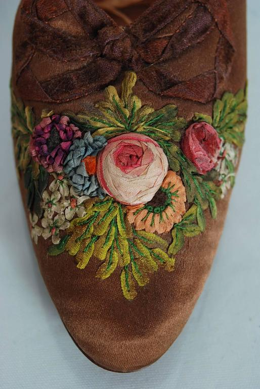 1910's Laird Schober Couture Floral Embroidered Applique Rosettes Silk Shoes 5