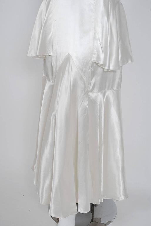 Women's 1930's Ethereal Ivory-White Satin Floral Applique Bias-Cut Tiered Deco Gown For Sale