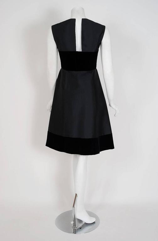 1966 Pierre Balmain Haute-Couture Black Silk & Velvet Mod Cocktail Dress 4