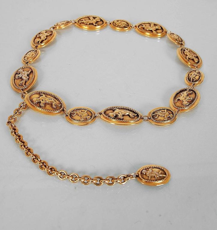 1984 Chanel Rare Cherub Angels Novelty Medallions Gold-Tone Chain Link Belt 3