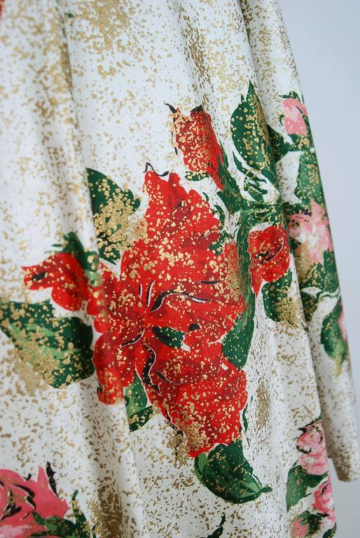 1950's Metallic Rose-Garden Floral Print Beaded Sequin Cotton Full-Skirt Dress In Excellent Condition For Sale In Beverly Hills, CA