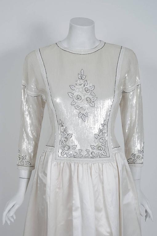 Gray 1985 Karl Lagerfeld for Chanel Haute-Couture Lesage Beaded Ivory Silk Gown For Sale