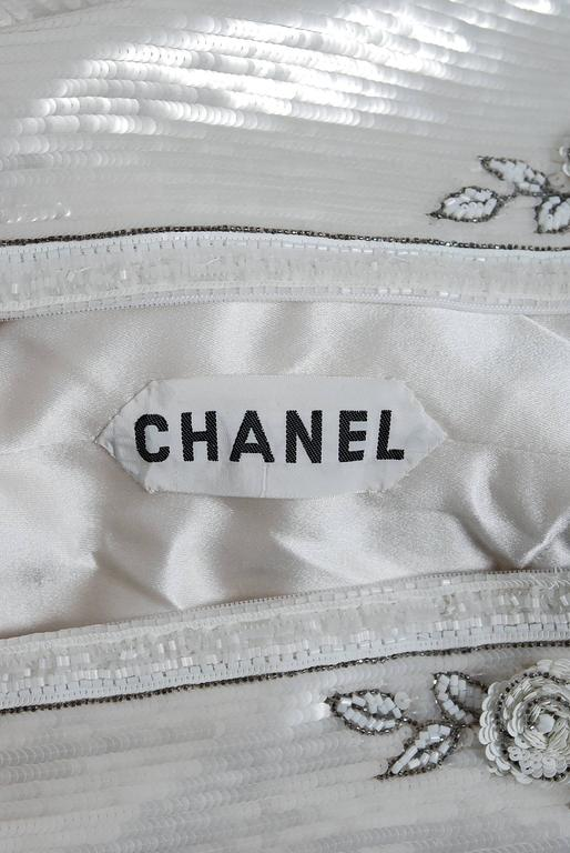 1985 Karl Lagerfeld for Chanel Haute-Couture Lesage Beaded Ivory Silk Gown For Sale 3