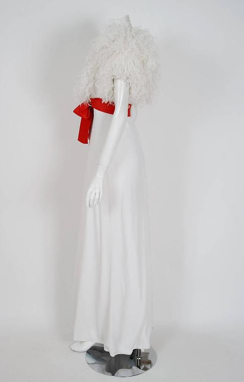 1972 Valentino Haute-Couture White Crepe & Ostrich Feathers Empire Formal Gown 4