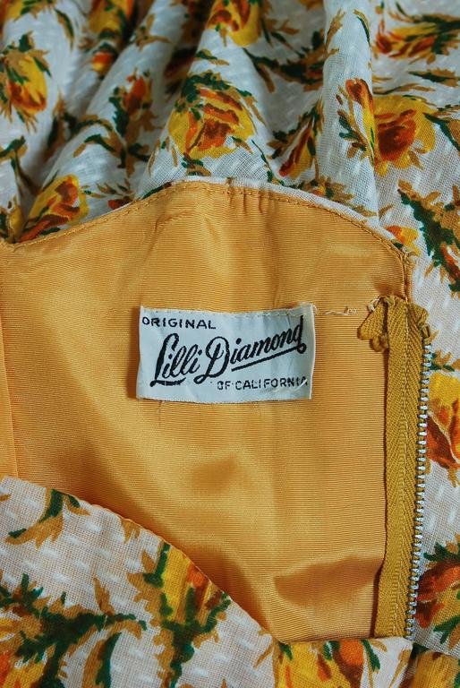1950's Lilli Diamond Yellow-Roses Floral Textured Cotton Halter Back-Bow Dress For Sale 2
