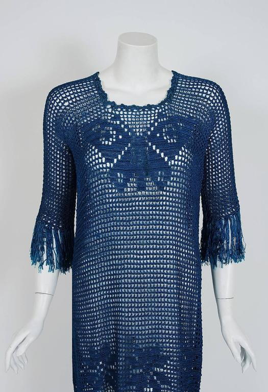 1920's Turquoise-Blue Crochet Silk-Knit Novelty Butterfly Fringe Flapper Dress  In Excellent Condition For Sale In Beverly Hills, CA