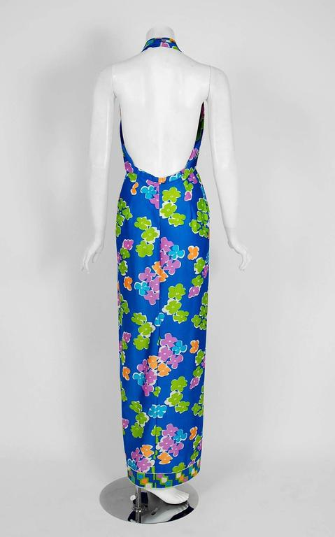 Women's Vintage 1977 Oscar de la Renta Colorful Graphic Print Halter Backless Maxi Dress For Sale