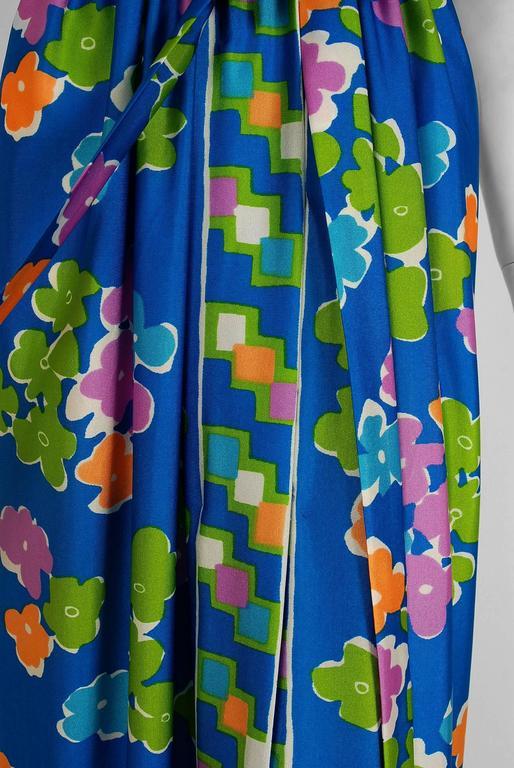 Blue Vintage 1977 Oscar de la Renta Colorful Graphic Print Halter Backless Maxi Dress For Sale