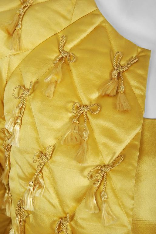 1965 Oscar de la Renta for Jane Derby Yellow Silk Gown & Quilted Tassel Jacket  In Good Condition For Sale In Beverly Hills, CA