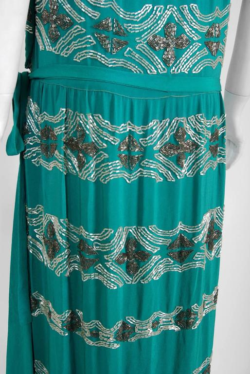 1920 S French Turquoise Blue Beaded Deco Floral Drop Waist