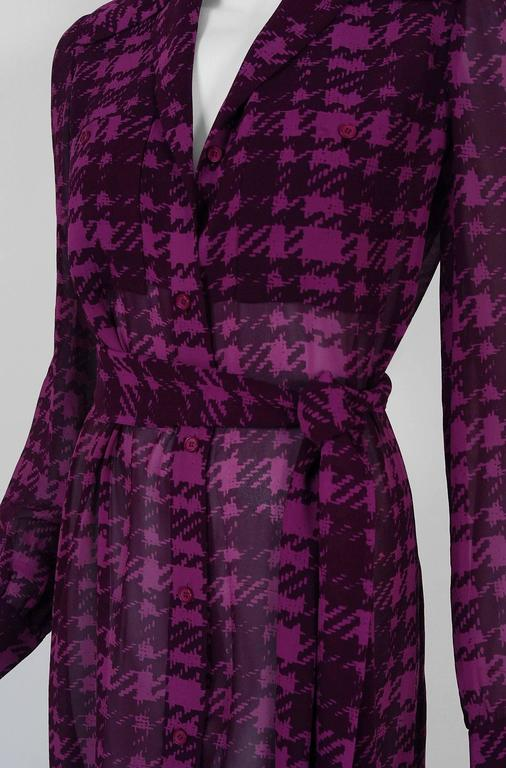 Women's 1969 Christian Dior Haute-Couture Purple Houndstooth Silk-Chiffon Belted Dress For Sale