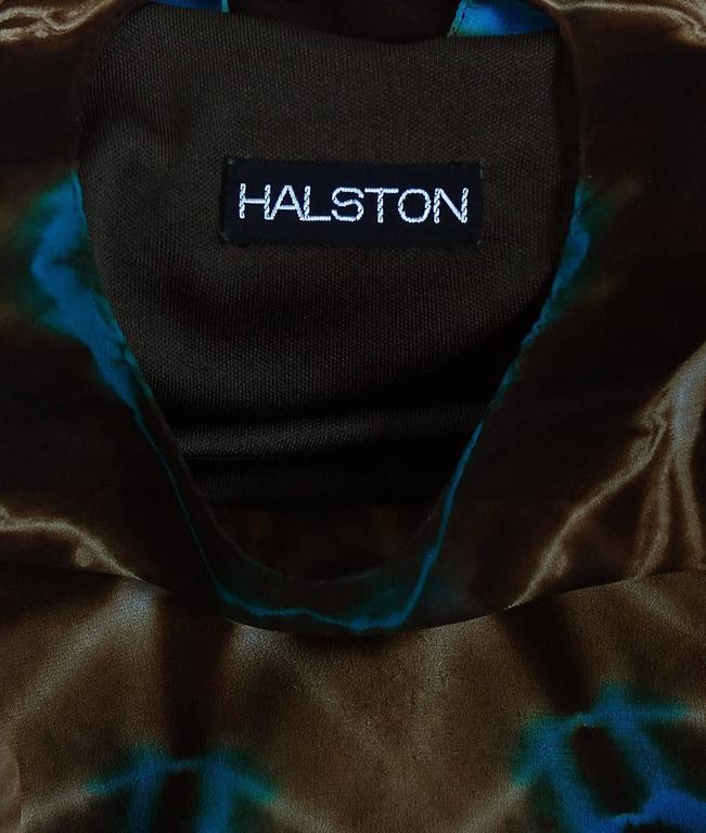 1972 Halston Couture Graphic Tie-Dye Print Silk Bohemian Maxi Dress Caftan For Sale 2