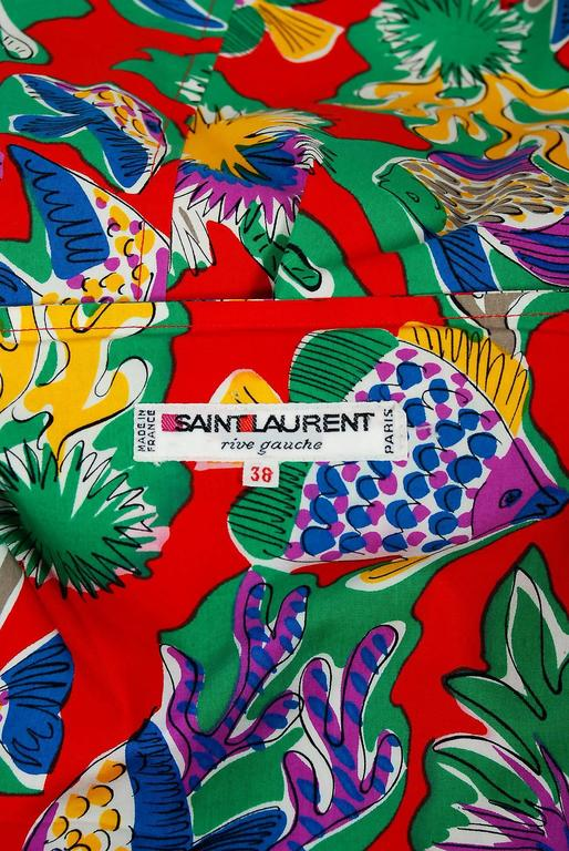 1981 Yves Saint Laurent Colorful Novelty Fish Print Cotton Puff-Sleeve Dress  For Sale 2