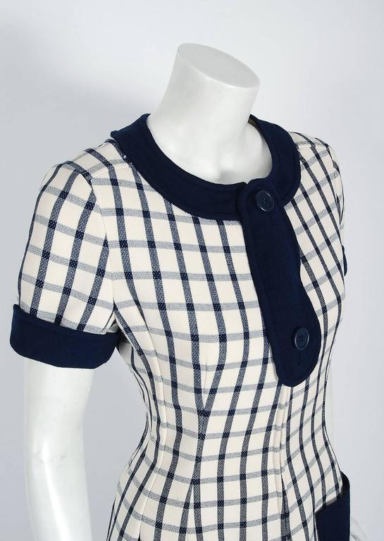 1967 Courreges Couture Navy-Blue Ivory Checkered Wool Mod Space-Age Mini Dress In Excellent Condition For Sale In Beverly Hills, CA