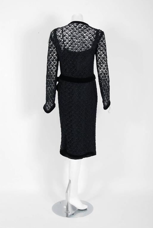 Vintage 1973 Chanel Haute Couture Black Guipure Lace & Velvet Long-Sleeve Dress For Sale 1