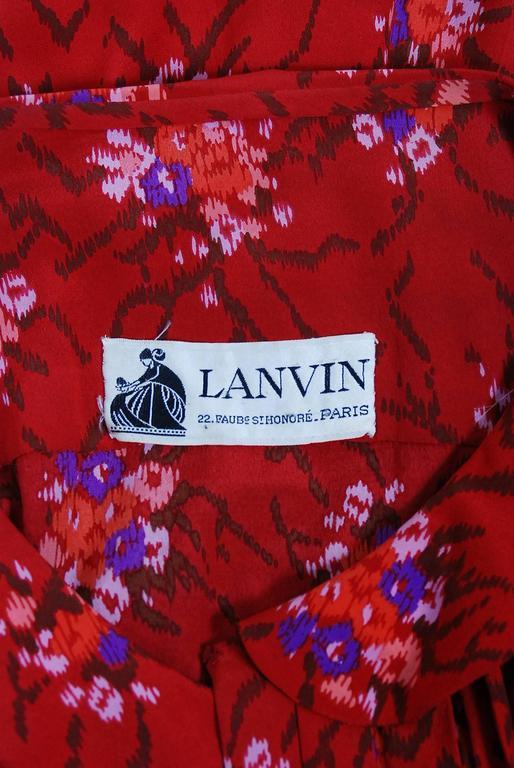 1977 Lanvin Haute-Couture Graphic Red Floral Silk Pleated Blouson Jumpsuit For Sale 2
