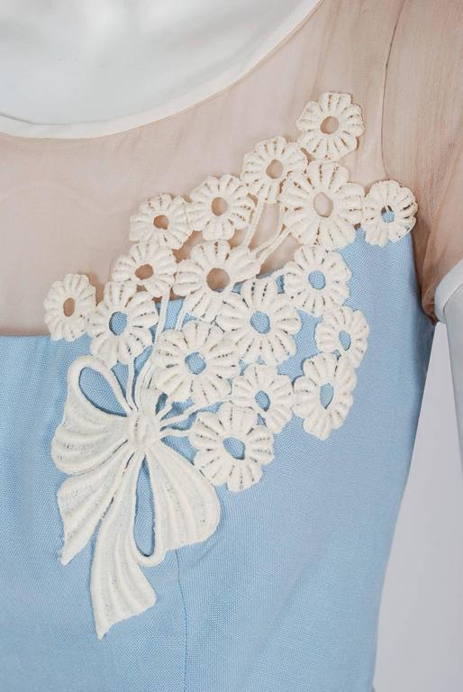 1950's Peggy Hunt Baby-Blue Linen Applique Illusion Hourglass Cocktail Dress In Excellent Condition For Sale In Beverly Hills, CA