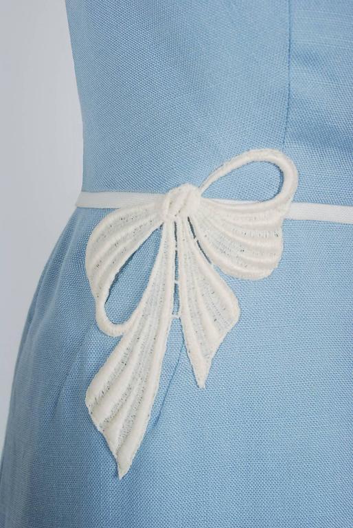 Women's 1950's Peggy Hunt Baby-Blue Linen Applique Illusion Hourglass Cocktail Dress For Sale