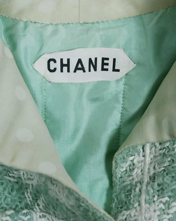 1970 Chanel Haute-Couture Seafoam Green Boucle Plaid Wool Mod Military Coat  For Sale 1