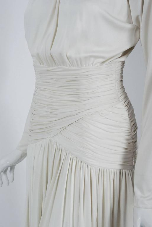 Women's 1992 Oscar de la Renta Ivory-White Ruched Silk Grecian Goddess Gown w/Tags For Sale