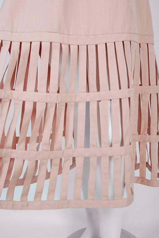 1990's Valentino Pale-Pink Silk Strapless Plunge Birdcage Cut-Out Resort Dress In Excellent Condition In Beverly Hills, CA