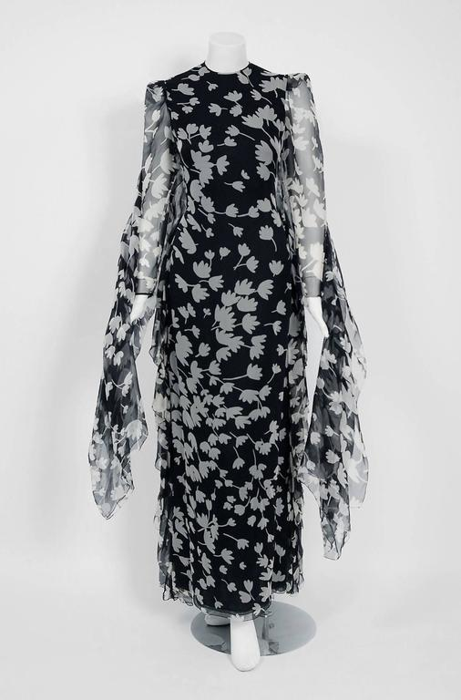 Breathtaking museum-held Galanos custom couture gown ensemble dating back to his 1982 collection. Dedication to excellence in craftsmanship and design was the foundation of James Galanos' career. The quality of workmanship found in his clothing is