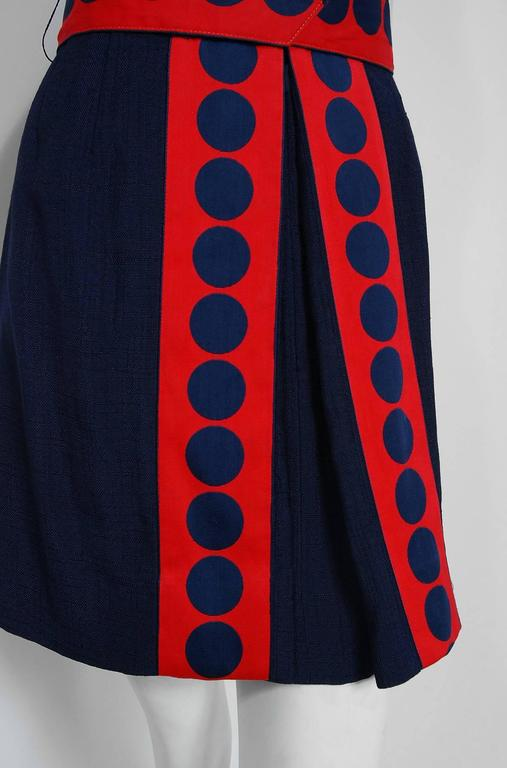 1960's Richard Frontman Navy & Red Silk Linen Graphic Space-Age Belted Dress In Excellent Condition For Sale In Beverly Hills, CA