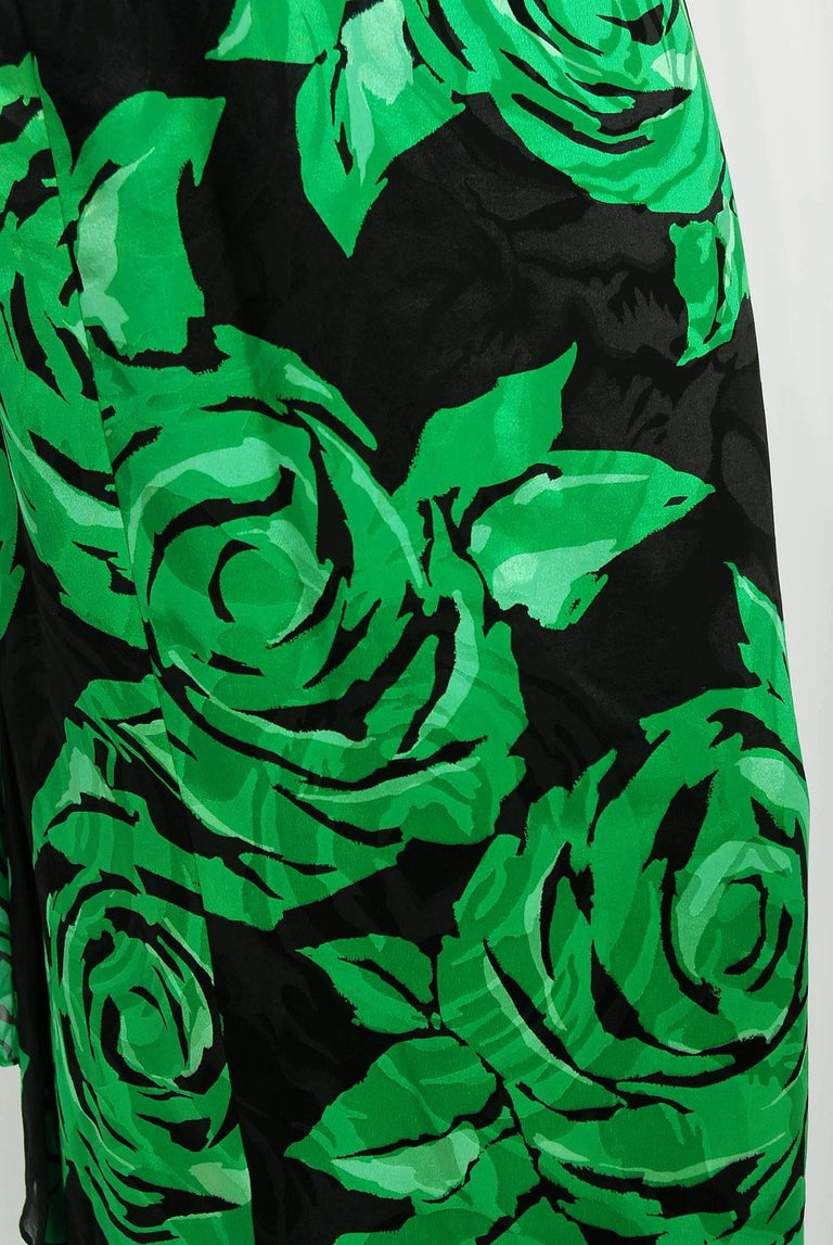 Women's Vintage 1979 Valentino Green Roses Floral Draped Silk Criss-Cross Halter Gown For Sale