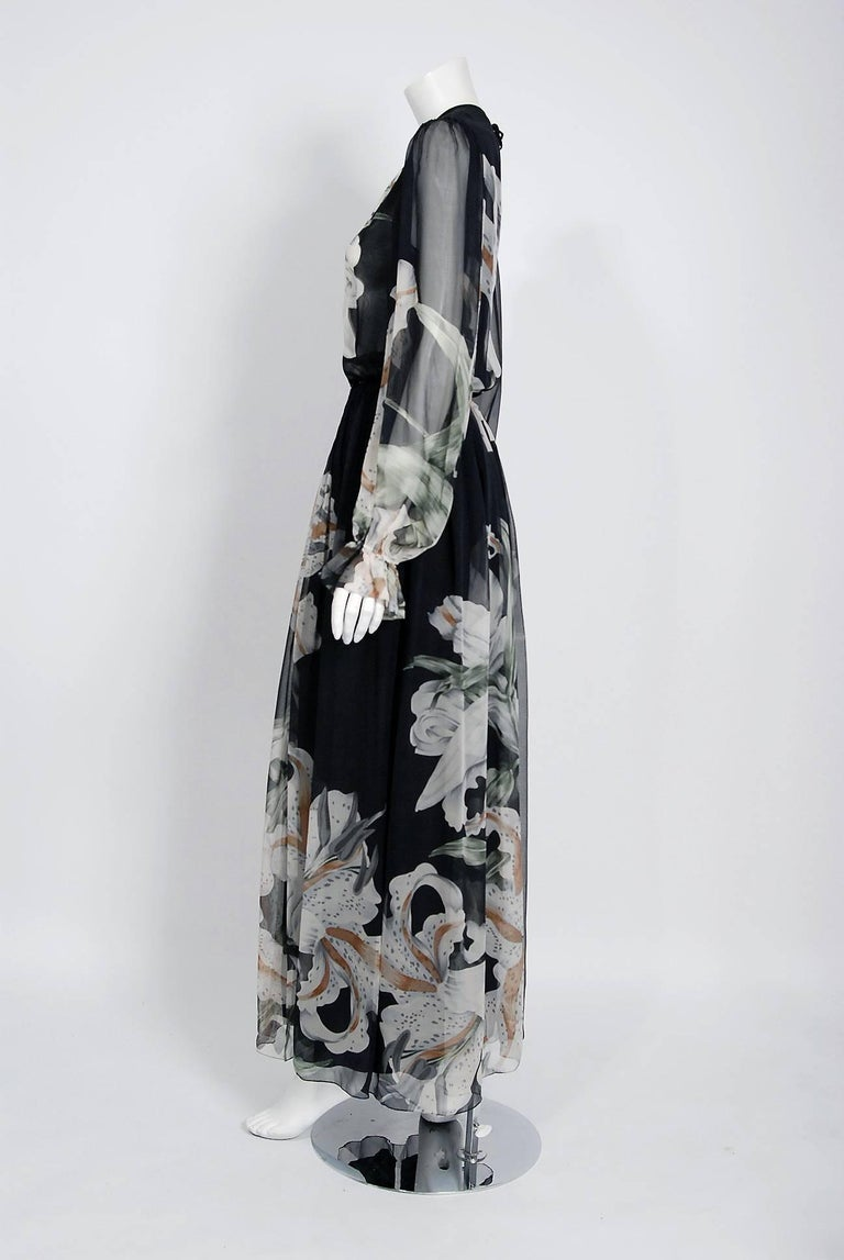 1977 Hanae Mori Couture Black Floral Print Silk-Chiffon Goddess Gown w/Tags In New Condition For Sale In Beverly Hills, CA