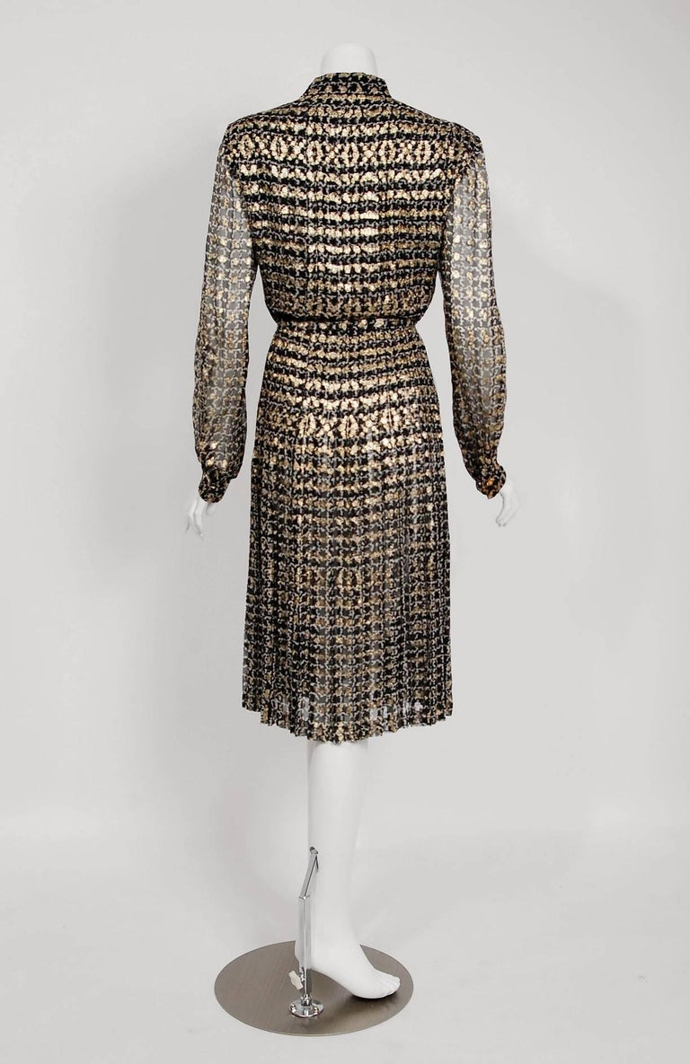 1975 Chanel Haute-Couture Metallic Black White Graphic Pleated Silk Belted Dress 6